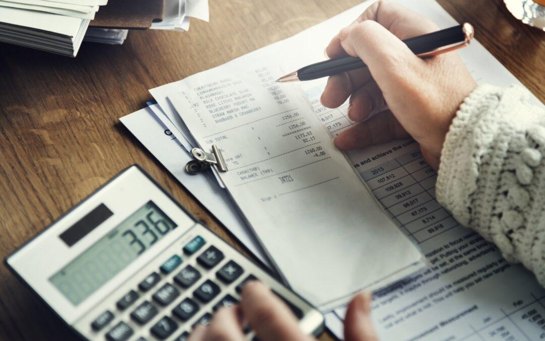 """Faktura VAT – dokument księgowy od """"A"""" do """"Z"""""""