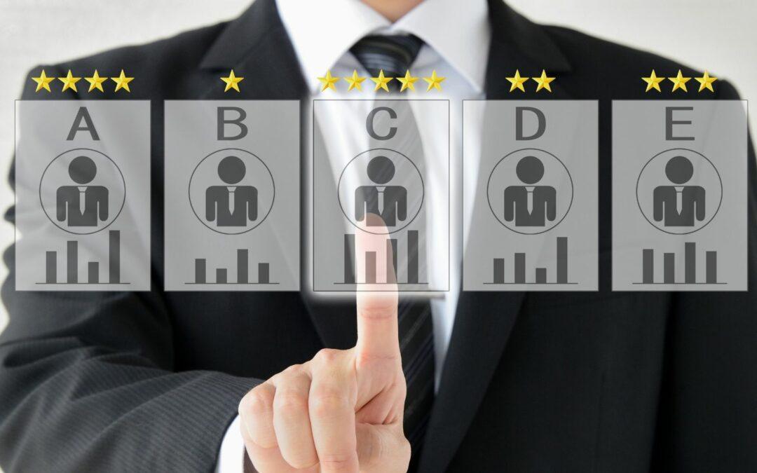 Jak wygląda rekrutacja pracownika przez firmę headhunterską? Warto to wiedzieć!