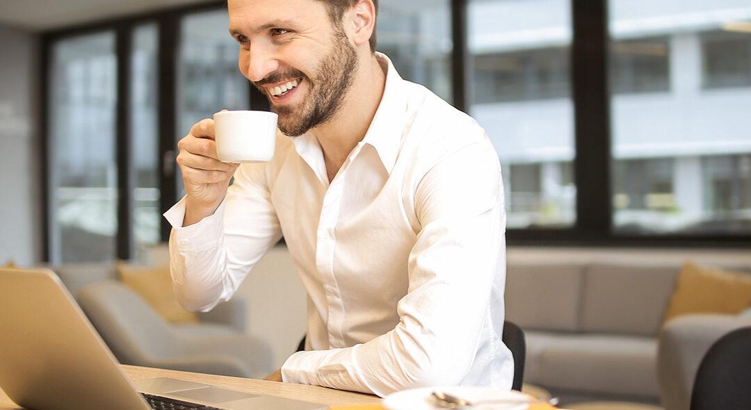 Zegarek męski na rozmowę o pracę – jak się dobrze zaprezentować?